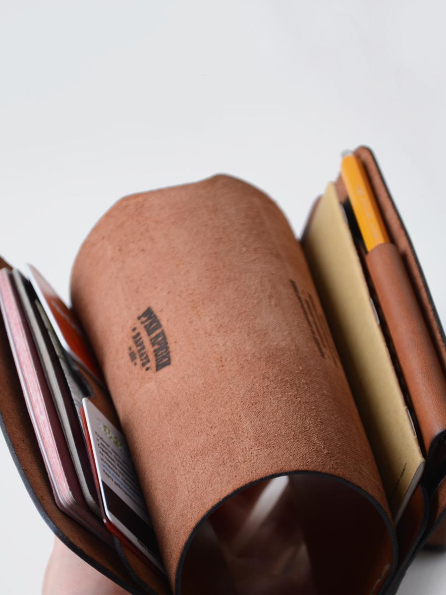 ruki kryki 手工 皮革 皮件 皮包 皮夾 護照夾
